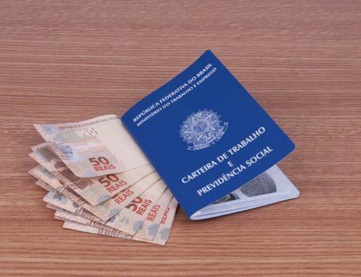 13º salário: a empregada doméstica tem direito ao benefício? | SOS Empregador Doméstico